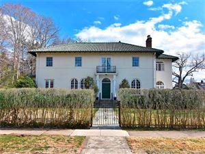 Photo of 2 Heywood Road, Pelham, NY 10803 (MLS # 4813718)