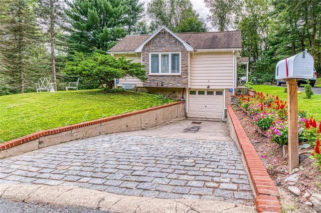 Photo of 1 Lake View Drive, Wurtsboro, NY 12790 (MLS # 5036726)