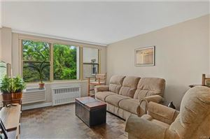 Photo of 12 Old Mamaroneck #4M, White Plains, NY 10605 (MLS # 4933736)