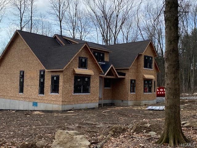 Photo of 27 Fern Wood Way, Montgomery, NY 12549 (MLS # 5105748)