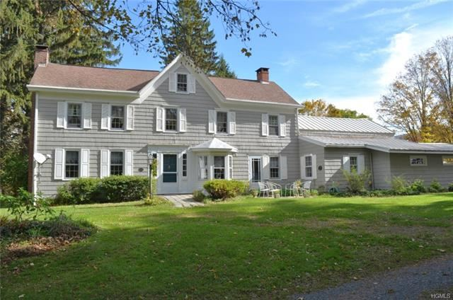 Photo of 1065 State Route 302, Pine Bush, NY 12566 (MLS # 5106752)