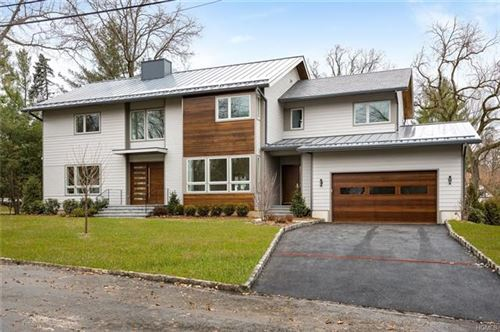 Photo of 21 Stonehouse Road, Scarsdale, NY 10583 (MLS # 5063762)