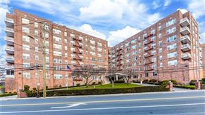 Photo of 333 bronx River Road, Yonkers, NY 10704 (MLS # 4806777)