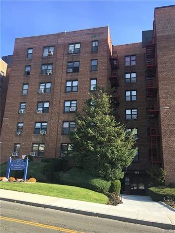Photo of 164 Church Street #3A, New Rochelle, NY 10805 (MLS # 5118783)