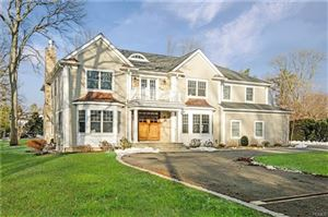Photo of 30 Carriage House Lane, Mamaroneck, NY 10543 (MLS # 4809797)