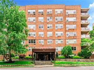 Photo of 10 Old Mamaroneck Road #3H, White Plains, NY 10605 (MLS # 4910802)