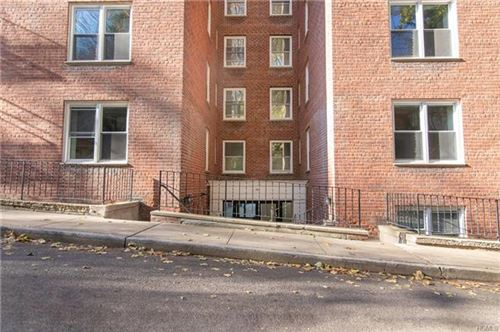 Photo of 1 Hawley Terrace #4J, Yonkers, NY 10701 (MLS # 5125821)