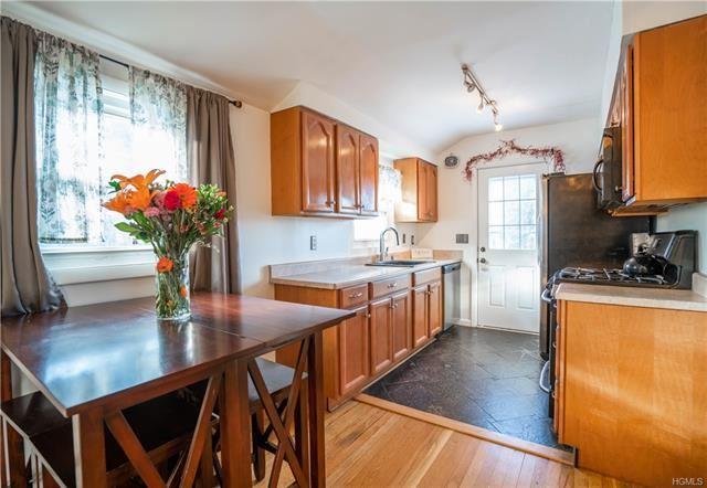 Photo of 2 MacArthur Boulevard, Cortlandt Manor, NY 10567 (MLS # 5124833)