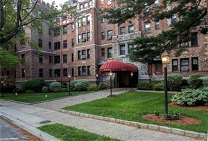 Photo of 23 Old Mamaroneck Road #23, White Plains, NY 10605 (MLS # 4963858)