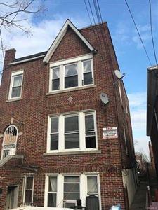 Photo of 2918 Laconia Avenue, Bronx, NY 10469 (MLS # 4806860)