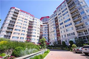 Photo of 10 Stewart Place #10GW, White Plains, NY 10603 (MLS # 4918881)
