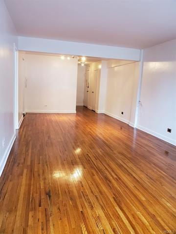 Photo of 255 Fieldston Terrace #3D, Bronx, NY 10471 (MLS # 5119894)