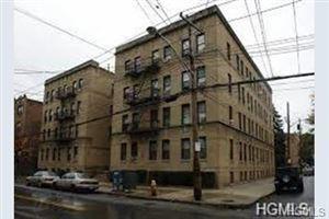 Photo of 508 Van Cortlandt Park Avenue #3B, Yonkers, NY 10705 (MLS # 4961897)