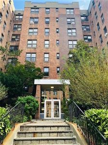Photo of 270 North Broadway #4K, Yonkers, NY 10701 (MLS # 4993909)