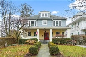Photo of 425 Manor Ridge Road, Pelham, NY 10803 (MLS # 4802922)