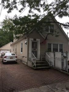 Photo of 3224 Glennon Place, Bronx, NY 10465 (MLS # 4806922)