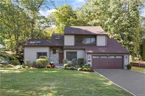 Photo of 112 Devonshire Road, Larchmont, NY 10538 (MLS # 5048929)