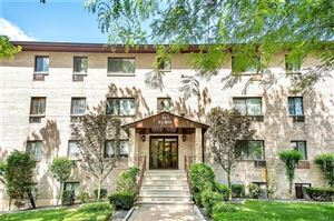 Photo of 507 White Plains Road #3C, Eastchester, NY 10709 (MLS # 4976955)