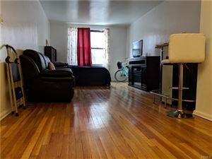 Photo of 730 East 232nd Street, Bronx, NY 10466 (MLS # 4809965)