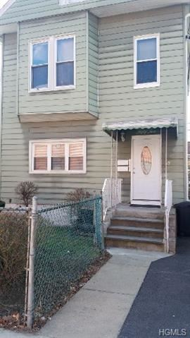 Photo of 52 Claremont Place, Mount Vernon, NY 10553 (MLS # 6022967)