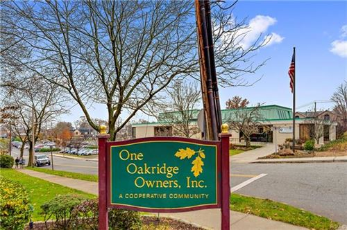 Photo of 1 Oakridge Place #3D, Eastchester, NY 10709 (MLS # 5123976)