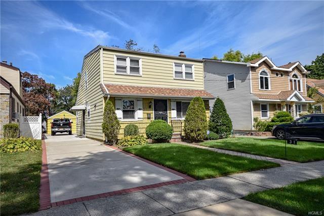 Photo of 31 Kane Avenue, Hempstead, NY 11550 (MLS # 5124982)
