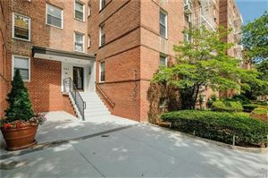 Photo of 501 Riverdale Avenue #5J, Yonkers, NY 10705 (MLS # 4854986)