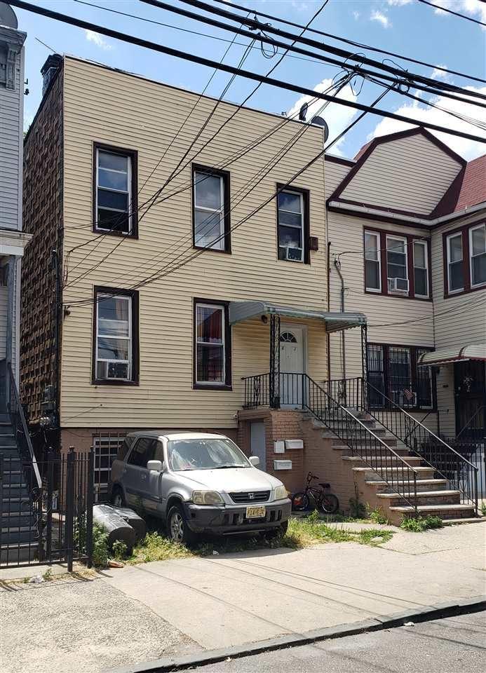 63 BAYVIEW AVE, Jersey City, NJ 07305-0000 - MLS#: 202012128