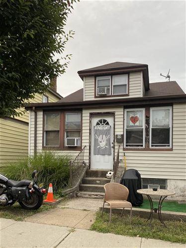 Photo of 733 IRVING PL, Secaucus, NJ 07094 (MLS # 202020190)