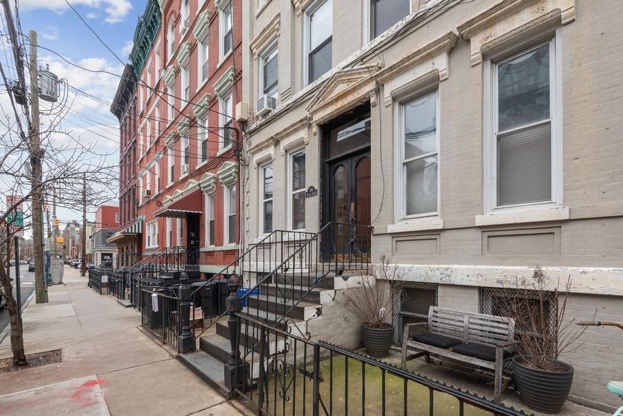 706 WILLOW AVE #4R, Hoboken, NJ 07030 - MLS#: 202013197