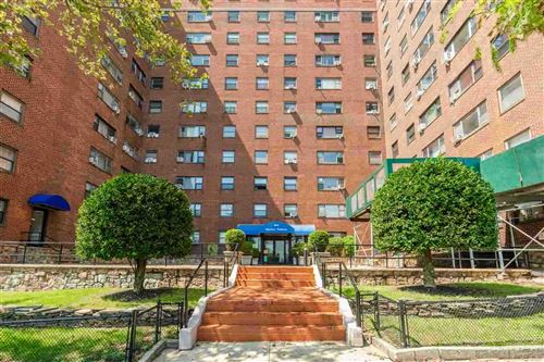 Photo of 6515 BLVD EAST #8G, West New York, NJ 07093 (MLS # 202012212)