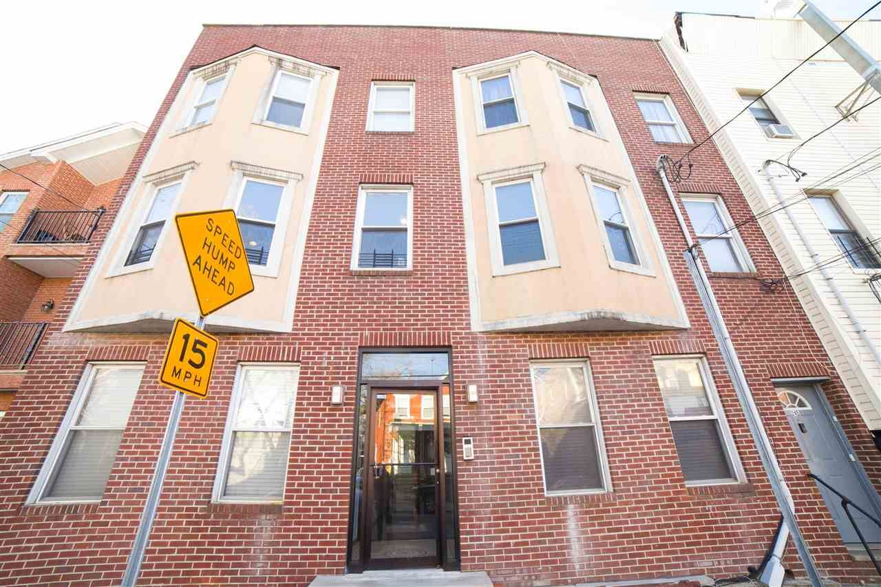 243 PEARSALL AVE #2L, Jersey City, NJ 07305 - #: 210007376