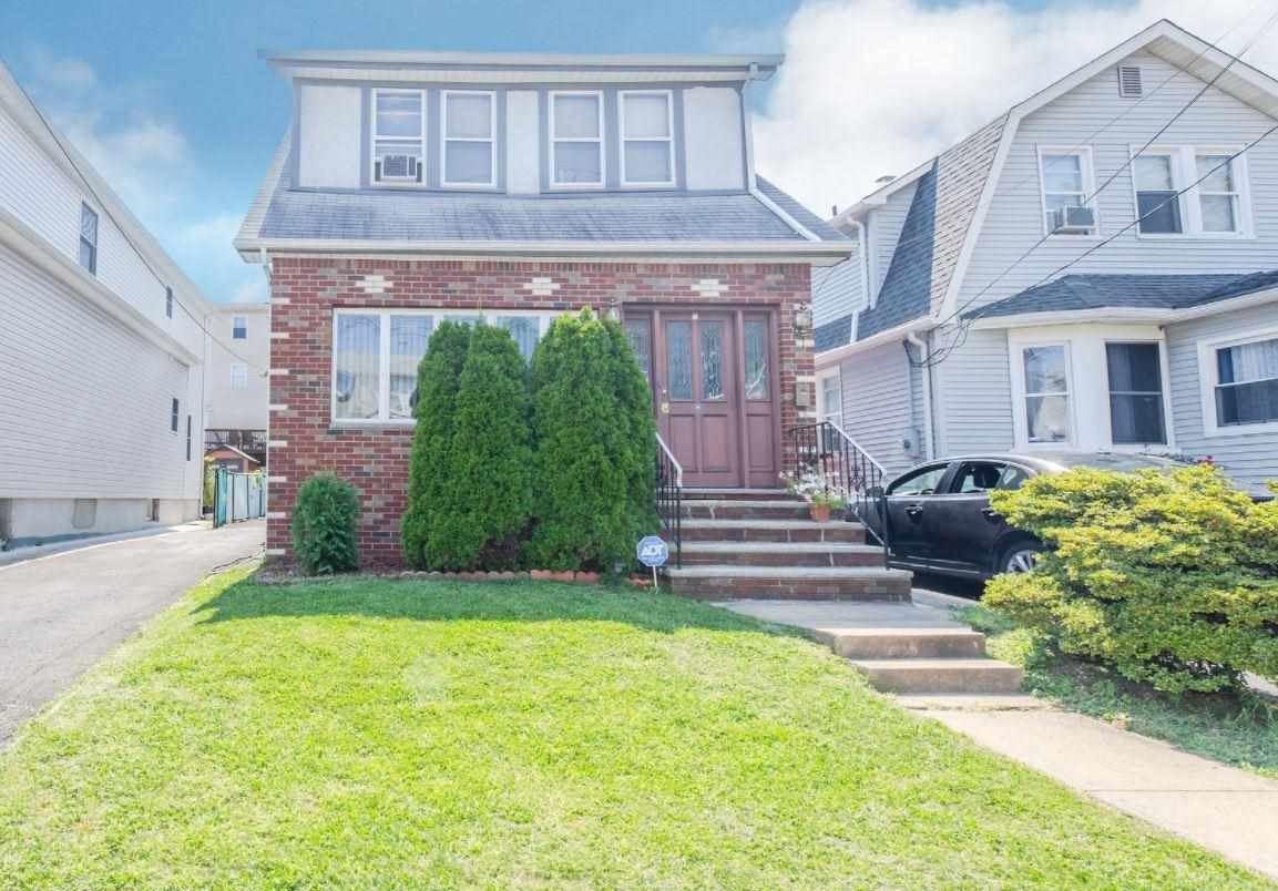 529 78TH ST, North Bergen, NJ 07047 - MLS#: 210019383