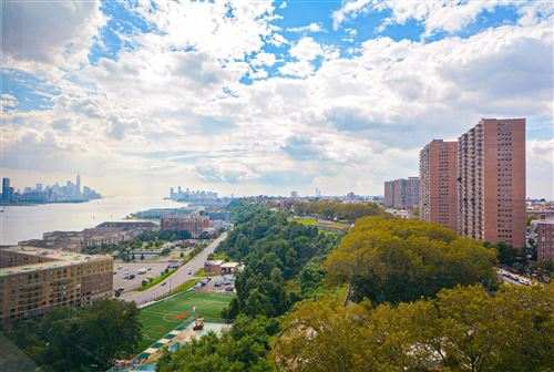 Photo of 6040 BLVD EAST #10H, West New York, NJ 07093 (MLS # 210023468)