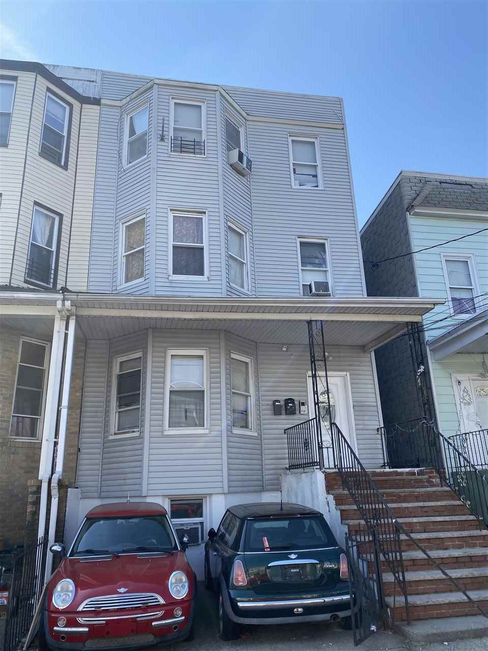 181 NEPTUNE AVE, Jersey City, NJ 07305 - #: 210005521
