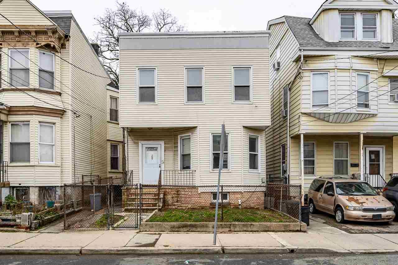 257 ARLINGTON AVE, Jersey City, NJ 07305 - #: 202005575