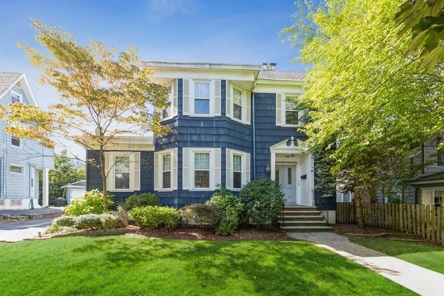 75 FRANCISCO AVE, Rutherford, NJ 07070 - #: 210022644