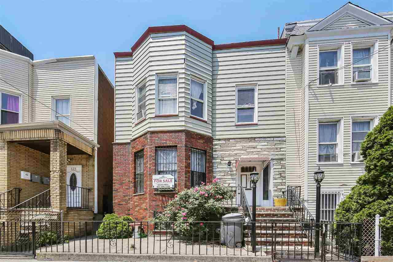 527 CENTRAL AVE, Jersey City, NJ 07307 - MLS#: 202011813