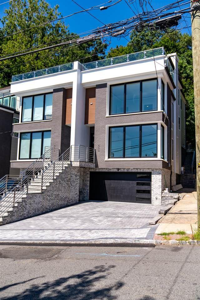 504 UNDERCLIFF AVE, Edgewater, NJ 07010 - MLS#: 190020974