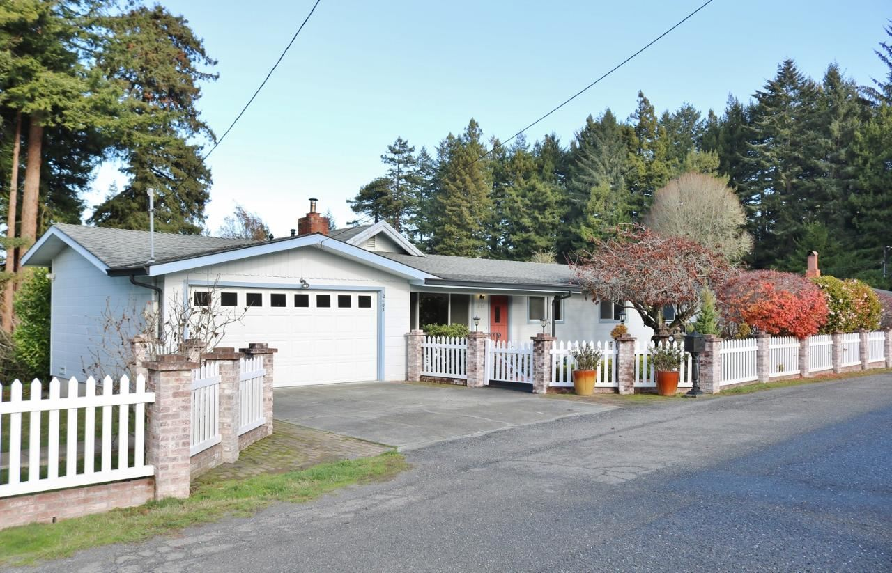 2105 Hurst Road, Cutten, CA 95503 - MLS#: 258040