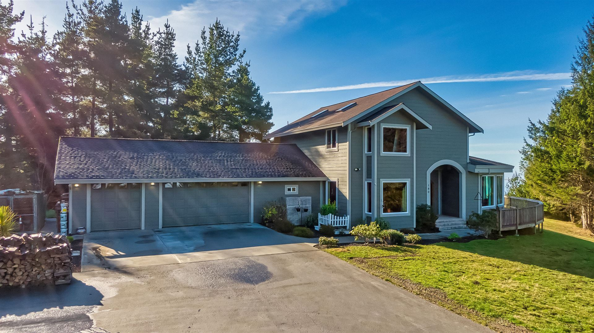 180 Blue Spruce Drive, Eureka, CA 95503 - MLS#: 258087