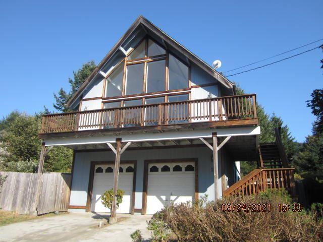11 Wells Road, Shelter Cove, CA 95589 - MLS#: 260206