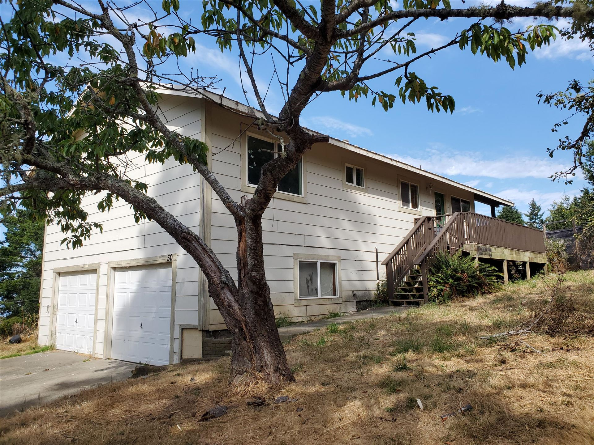 30 Spur Court, Shelter Cove, CA 95589 - MLS#: 257233