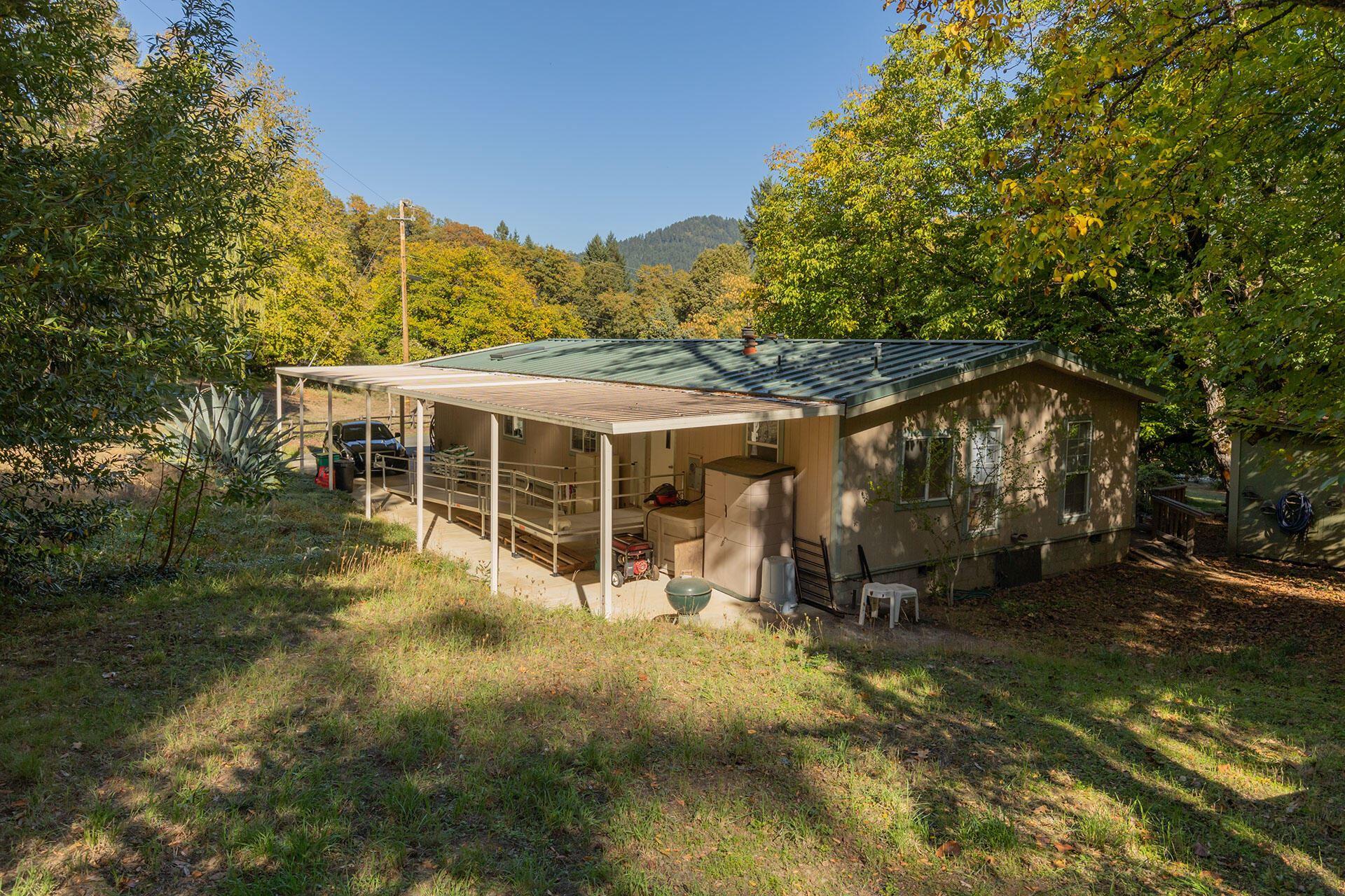 1910 St Hwy 96 Road, Willow Creek, CA 95573 - MLS#: 260363