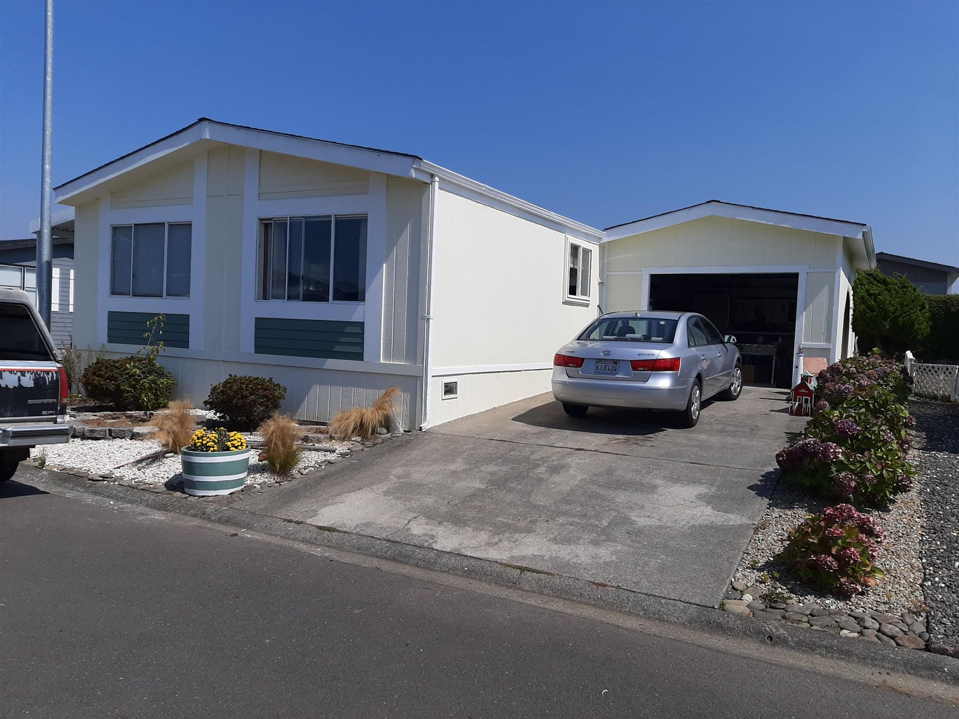 30 Sunshine Way, Humboldt Hill, CA 95503 - MLS#: 257394