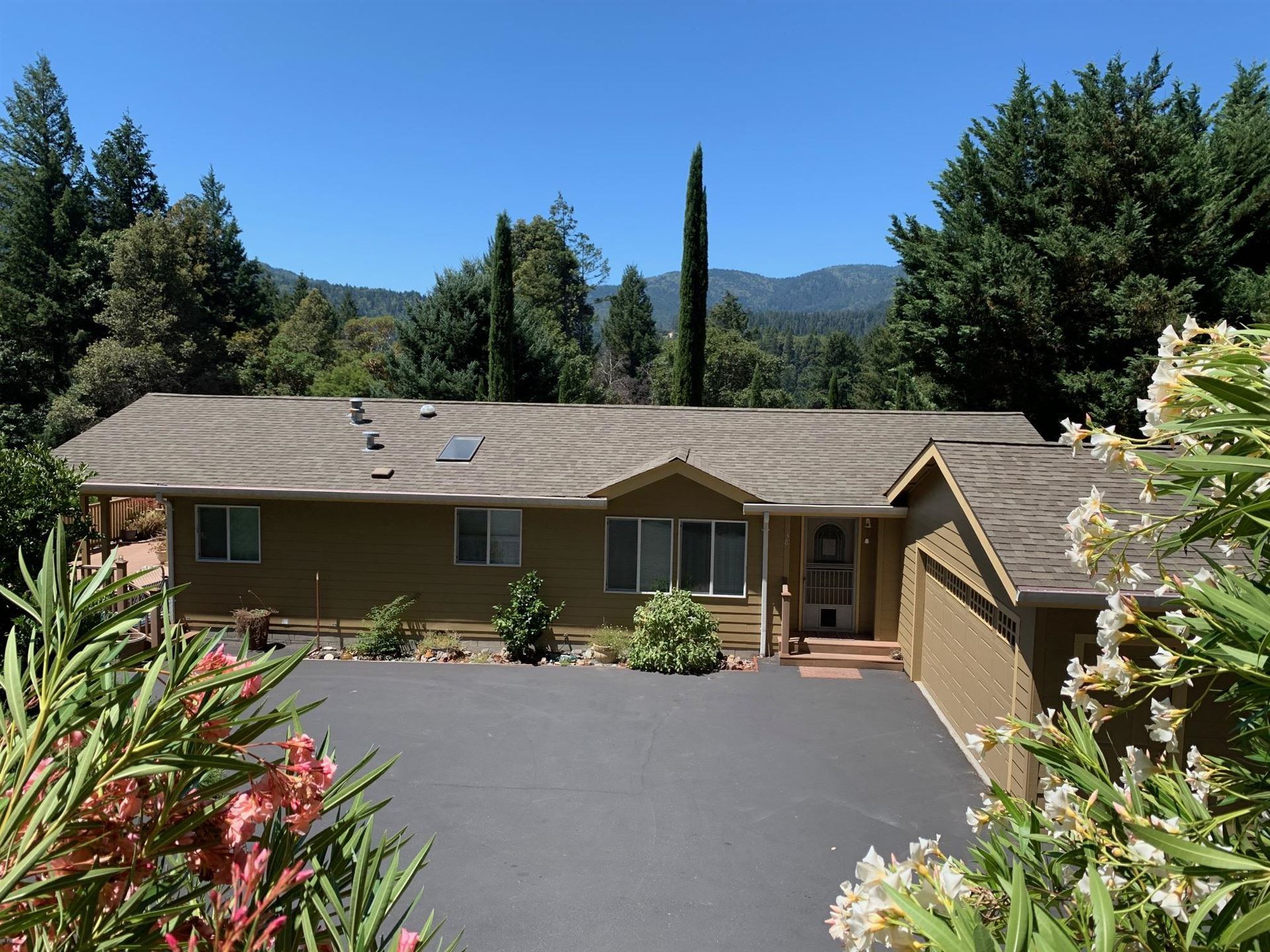 238 Hillcrest Way, Willow Creek, CA 95573 - MLS#: 256943