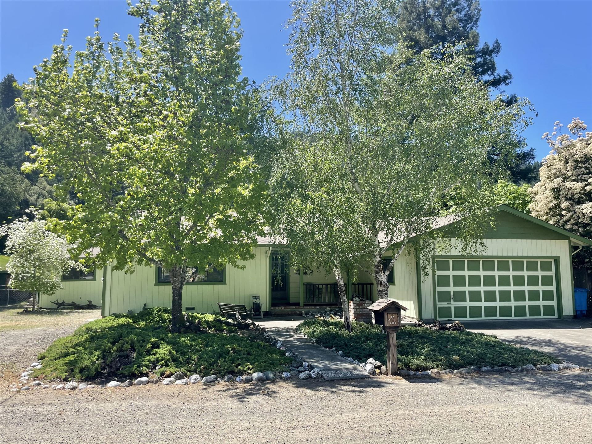 54 Palomino Way, Garberville, CA 95542 - MLS#: 258973