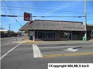 Photo of 121 SOUTH BROAD STREET, ALBERTVILLE, AL 35950 (MLS # 519012)