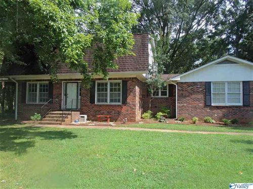 Photo of 104 July Lane, Huntsville, AL 35811 (MLS # 1786017)
