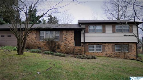 Photo of 13 SIMMONS ROAD, FAYETTEVILLE, TN 37334 (MLS # 1138064)